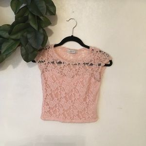 Abercrombie & Fitch pink lace top Size M